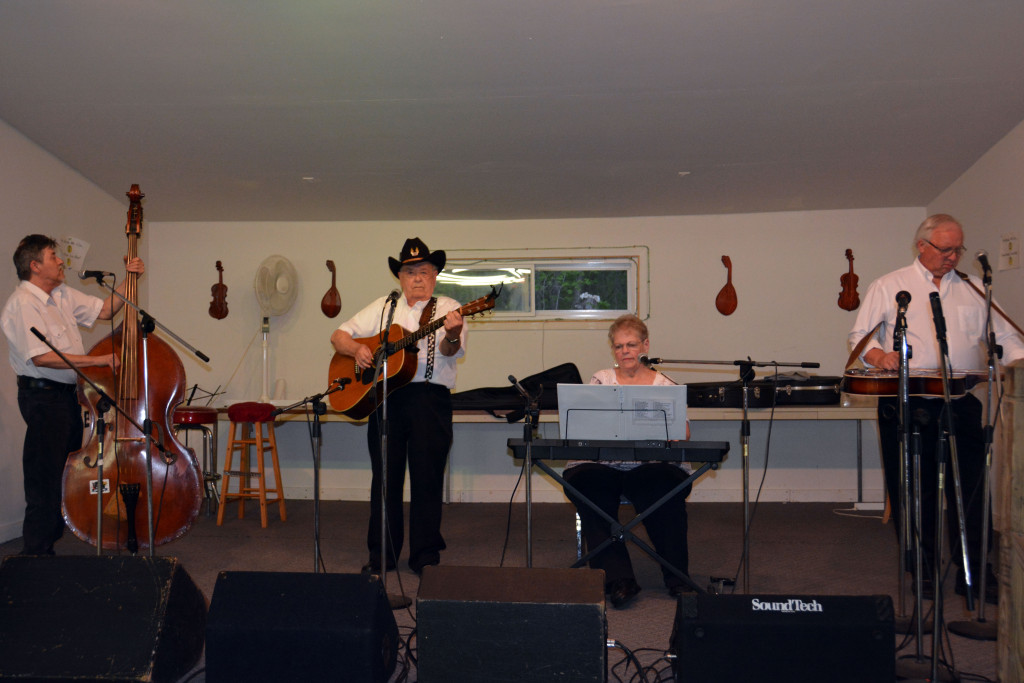 Grand Ole Country at the Kentuckians of Michigan in 2015 (L-R) Bobby Hutch, III, Bobby Hutch, Pat Boggs, Burl Stevens